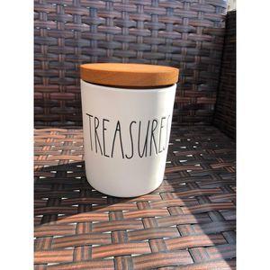 NWT Rae Dunn Treasure Container